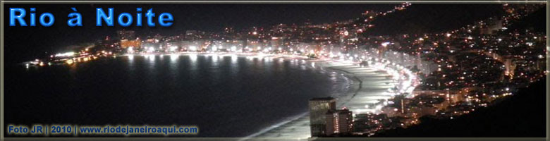 Copacabana vista do alto à noite