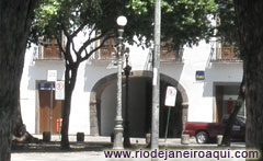 Arco do Teles building and Passage